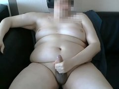 Chubby wanks vidz his little  super dick in front of webcam