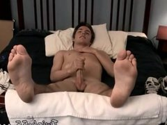 Gay sexy vidz twink with  super legs gaped open first