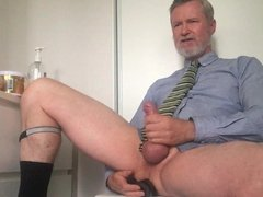 Jackoff play vidz poppers on  super cam.