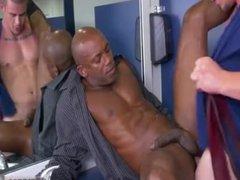 Photos of vidz small penis  super males having gay sex