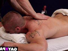 JAMES HUNTSMAN vidz GETS GAY  super MASSAGE BY GRIFFIN BARROWS