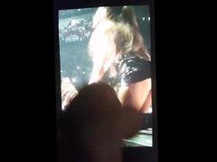 Ariana Grande vidz Cum Tribute  super (2)