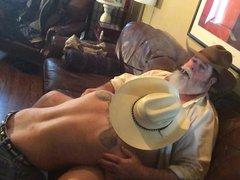 Cwboytop and vidz Redneck part  super 1