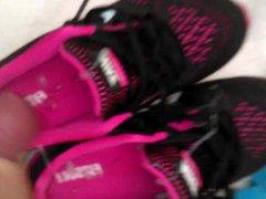 Cum in vidz Her Sweaty  super Shoes