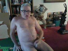 mature dad vidz with glasses  super empties his balls