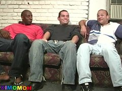 Black men vidz sharing the  super ass of a funny white guy
