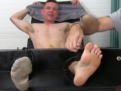 Fit guy vidz Grayson gets  super his armpits and feet tickled by friends
