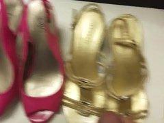 Cumming on vidz a stranger's  super shoes