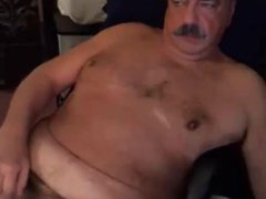 dad with vidz mustache on  super cam play and cum
