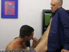 Sissy boy vidz anal naked  super movies gay xxx He's helping out the hunky Kris