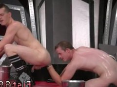 Nude men vidz with thick  super cock gay xxx In an acrobatic 69, Axel Abysse stuffs