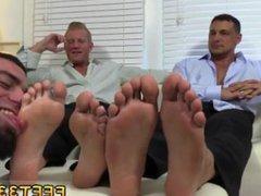 Gay british vidz male sex  super mobile clip Ricky Worships Johnny & Joey's Feet