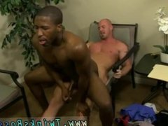 Erection dick vidz boys tgp  super and gay twink worships bodybuilder JP gets down to