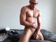 Sexy Redbone vidz jacking his  super dick and busting a nut!