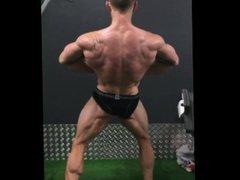 Bodybuilder Posing vidz Practice 28