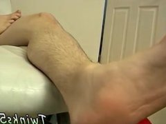 Young gay vidz man naked  super movie Licking The Goo From His Own Foot