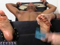 White boy vidz sit and  super suck black men dick and man big penis group gay sex