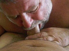 Buddy sucking vidz my dick