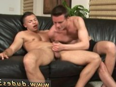 male gay vidz porn star  super nude Paulie Vauss and Brody Grant beat it off
