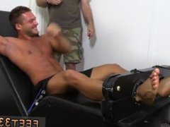 Gay muscle vidz legs movietures  super first time Muscular Tyrell Tickled