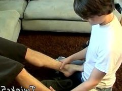 Free boy vidz gay rimming  super feet domination first time Hung Boy Worships A Jock