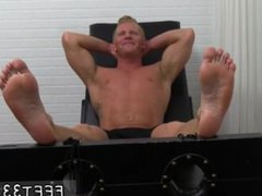 Young gay vidz foot domination  super and images of young boys feet tied up Johnny