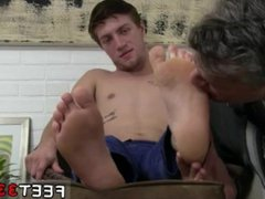 Giant bare vidz feet twinks  super and male frat feet and beautiful naked men into