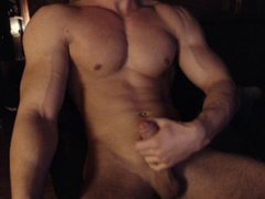Hungarian muscle vidz boy cums  super again