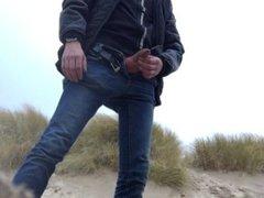 young man vidz urinates in  super the dunes