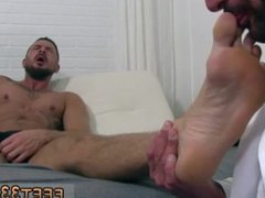 Gay guys vidz legs over  super had porno movies and porn sites for gay men into feet