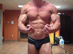 Aesthetic Natural vidz Bodybuilder