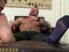 Gay guy vidz knee deep  super foot sex and male works big foot fetish gay and boy