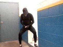 risky masked vidz jerk off  super in gym hall