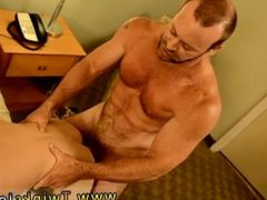 Sex anal vidz gay old  super men free video and men using his hand to masturbate and