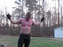 Bodybuilder Flexing vidz and bending  super Steel Bars