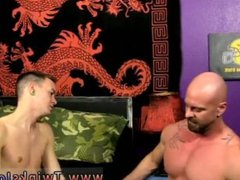 Spanish porn vidz gay free  super Chris gets the cum torn up out of him while he's on