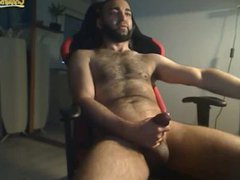 Hairy Straight vidz Guy Beats-Off