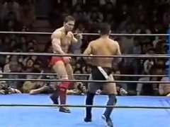 Muscle stud vidz choked out  super and finished by Suzuki.in MMA bout in Japan