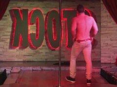 Strippers pau vidz duro IV