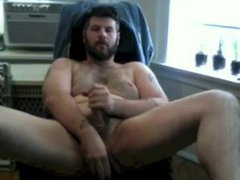 Chubby bear vidz jerks off  super and plays with his hole