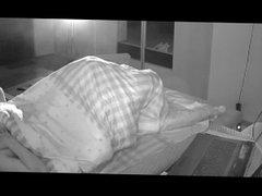 Guy caught vidz masturbating on  super hidden cam a second time in bed.