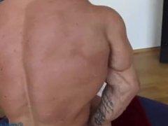 Worshiping the vidz Bodybuilder