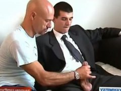 Straight guy vidz gets a  super blowjob from gay guy