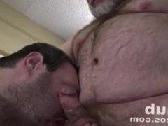 Two Daddies vidz Two Loads