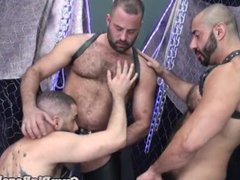 Inked stud vidz barebacked by  super eager wolf