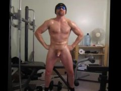 Flexing my vidz huge muscles  super turns me on! YEAH I'm such a big hard muscle stud!
