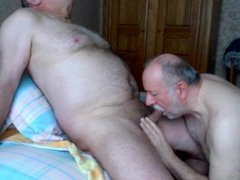 I'm into vidz older men...I  super love them and love to have sex with them...