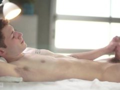 Helix Studios vidz - Sexy  super Twink Danny Nelson Jerks Off His Morning Wood