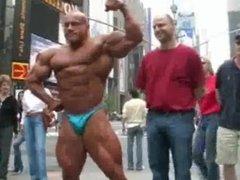 Muscle Daddy vidz Heiko Pose  super New York