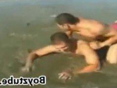 Beach Wrestling: vidz Rocky James  super vs Rick Martin